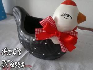 Galinha porta ovos modificada 2